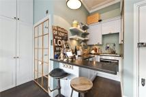 Studio flat to rent in Cambridge Gardens...