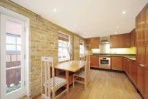 2 bedroom property in St Petersburgh Mews...