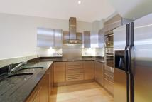2 bed home in Denbigh Close, London...
