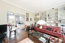 3 bedroom Maisonette in Powis Terrace, London...
