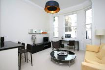 Ground Flat to rent in Dawson Place, London, W2