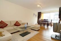 2 bedroom Flat to rent in Devonport...