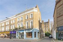 Studio apartment to rent in Chepstow Road, London, W2