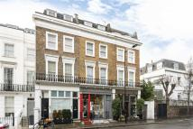Flat to rent in Chepstow Road, London, W2