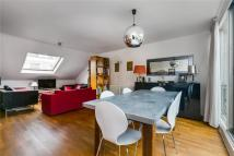 Flat in Westbourne Grove, London...