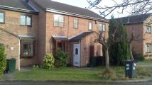 Town House to rent in 20 Thealby Gardens...