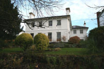 2 bedroom Flat for sale in Lansdowne Crescent...
