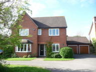 Detached property in Kenning Close...
