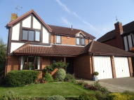 4 bed Detached property for sale in Drovers Way, Southam...