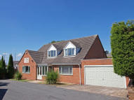 4 bed Detached home for sale in Hanbury Road...