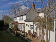 3 bed Cottage for sale in Barley Mow Lane...
