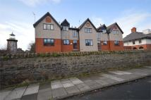 2 bedroom Flat in Queens Road, Hoylake...