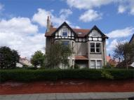 2 bed Flat in Courtenay Road, Hoylake...