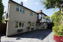 4 bed semi detached house in Menlo Avenue, Irby...
