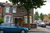 Terraced home in 3 Bed in East Ham