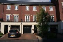 3 bed Terraced property in Castle Lodge Avenue...