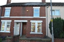 2 bed Terraced house in Castleford Road...