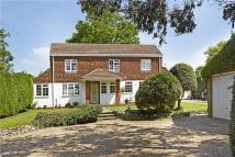 4 bed Detached property in Verran Road, Camberley...