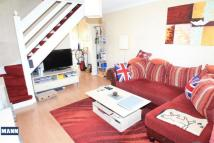2 bed Terraced home to rent in Greenacre Close, Swanley...