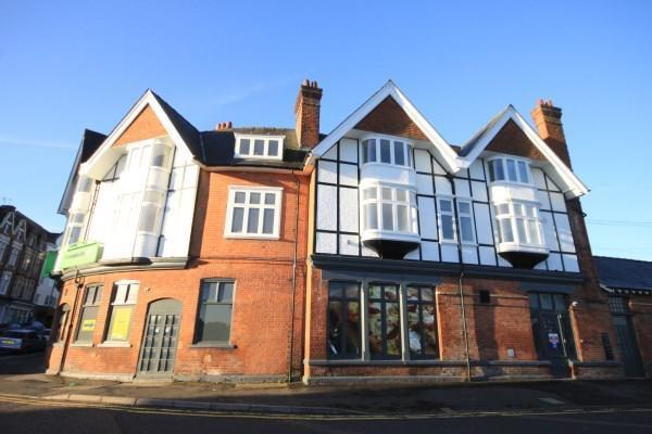 1 bedroom apartment to rent in Queens Road Bournemouth BH2