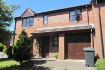 Detached property in Foxholes Lane...
