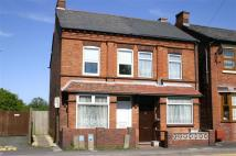 Town House to rent in Evesham Road...