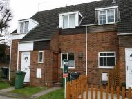 2 bed Terraced property in Oldbury Close, Redditch...