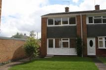 2 bed Town House in Monks Path, Redditch...