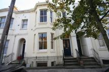 2 bed Flat to rent in Clarendon Avenue ...