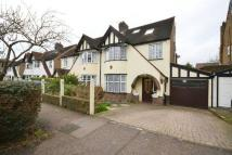 4 bedroom semi detached property in Holly Crescent...