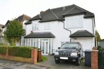 Detached house in Sheredan Road...