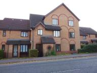 1 bedroom Flat in Apple Tree Close...
