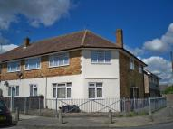 2 bed Ground Flat for sale in Abbotts Drive...