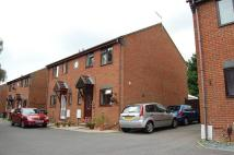 3 bedroom semi detached house to rent in HIGHVIEW GARDENS, Poole...