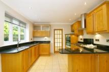 4 bedroom Detached home in Weald Rise...