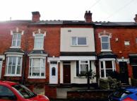 2 bedroom home in Two Bedroom Mid-Terraced...