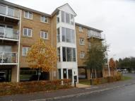 Apartment to rent in Foxglove Way, Luton...