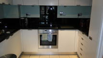 2 bed Flat in Castle Court...