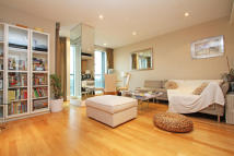 2 bed Flat to rent in Brewhouse Lane...