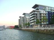2 bed Flat in Riverside Quarter...