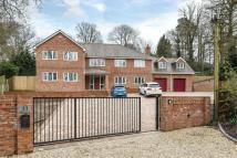 5 bedroom Detached property in Camberley, Surrey