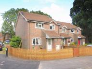 2 bed End of Terrace house in Lightwater, Surrey