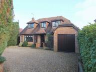4 bedroom Detached property in West End, Woking, Surrey