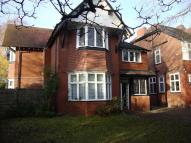 3 bedroom Flat to rent in Bramhall Lane South...