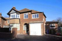 4 bed Detached property to rent in Woodthorpe Drive...