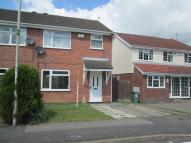 3 bed semi detached property to rent in Hunters Way, LFE...