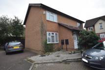2 bedroom semi detached property to rent in Oaktree Close, Hamilton...