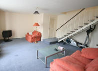 4 bedroom Flat in Little Preston Street...