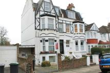 Flat to rent in Alexandra Park Road...