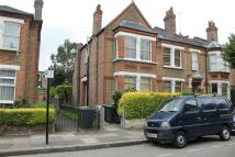 Flat in Northbrook Road, London